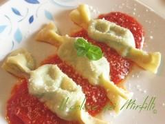 caramelle ricotta e spinaci, ravioli ricotta e spinaci, caramelle, ravioli fatti in casa, pasta ripiena, ravioli bimbi