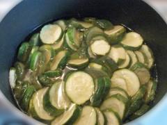 zucchine sott'olio,zucchine,conserva di zucchine