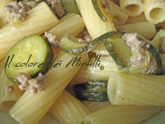 rigatoni macinato e zucchine, primi piatti, pasta con zucchine, pasta con macinato, rigatoni